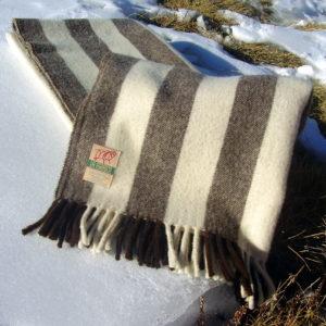 Manta de Lana Arties sobre nieve