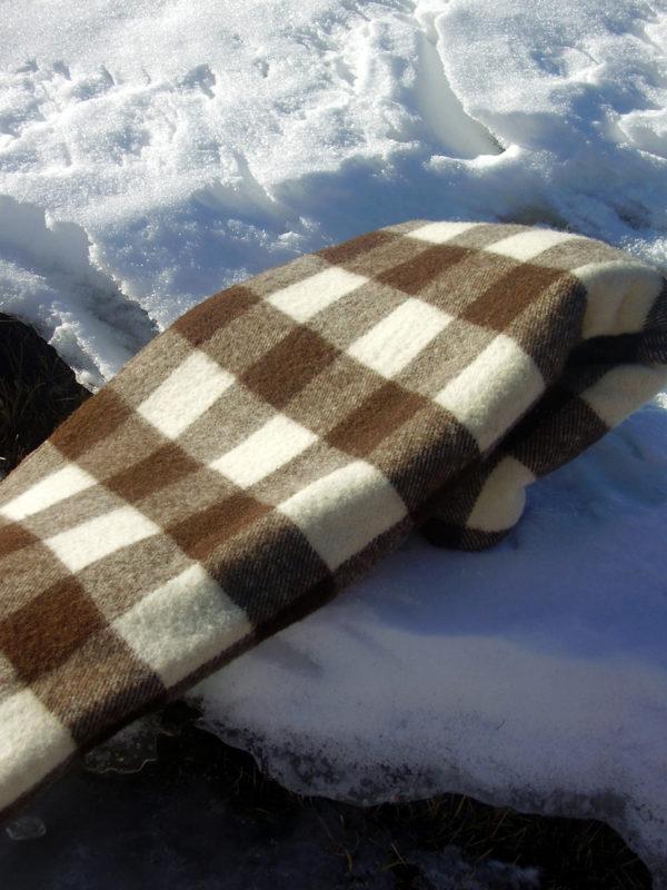manta de lana colomers sobre la nieve