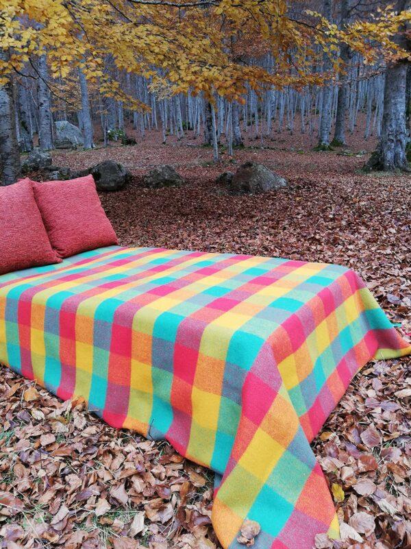 Manta de lana para cama modelo Llubriqueto